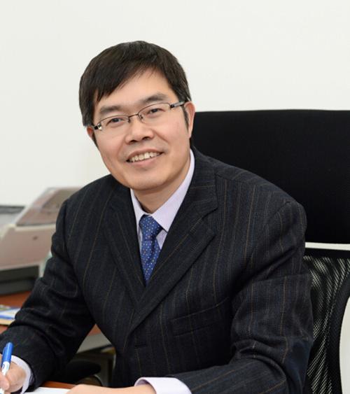 成會明 - 首席科學家
