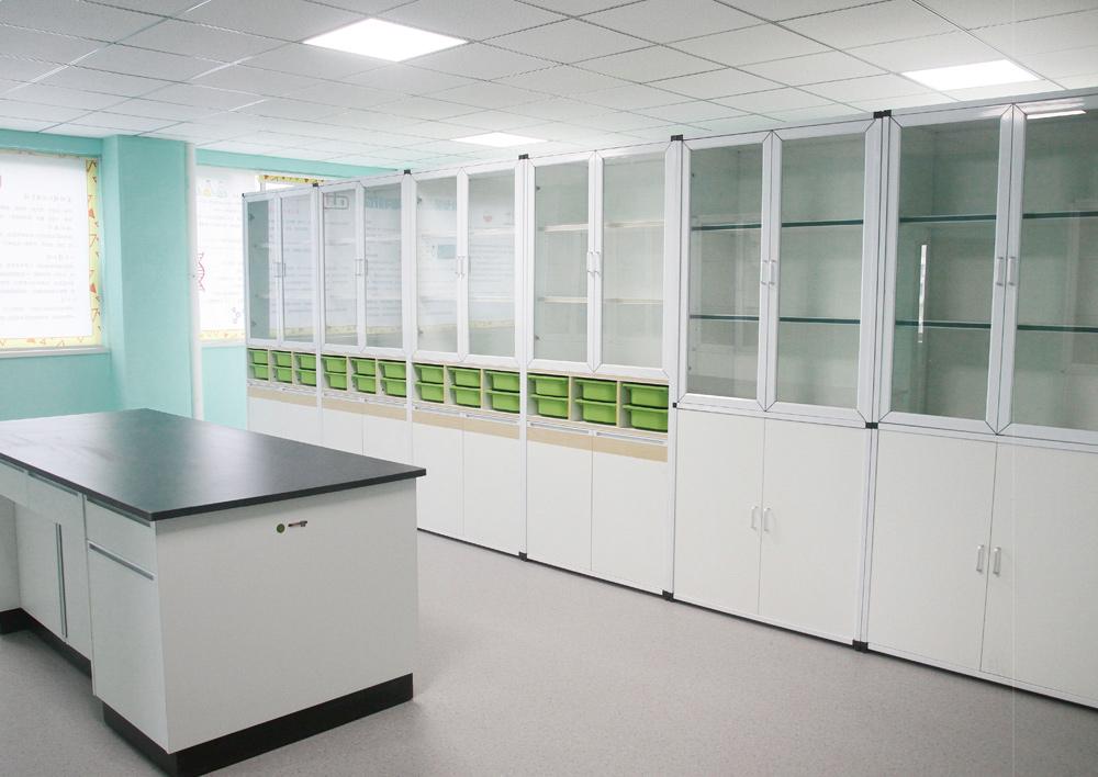 物理实验室/准备室