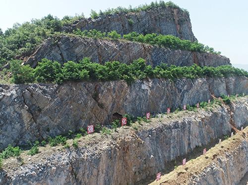 安康尧柏水泥有限公司矿石开采总承包工程
