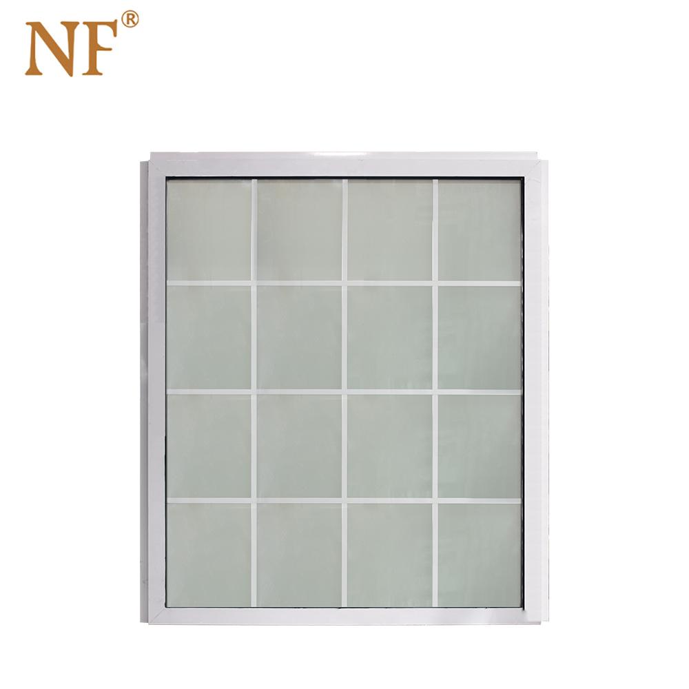 白色固定窗
