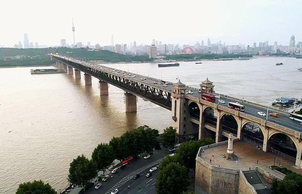 武汉长江大桥(1955年建)