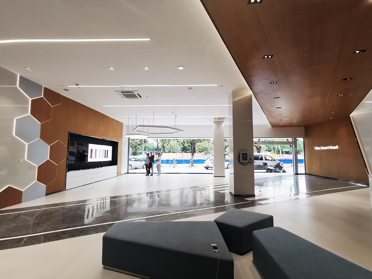 廣西零跑首家新能源汽車4s店展廳設計