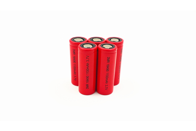 18490HP 3.7V 1100mAh 电子烟用高倍率电池