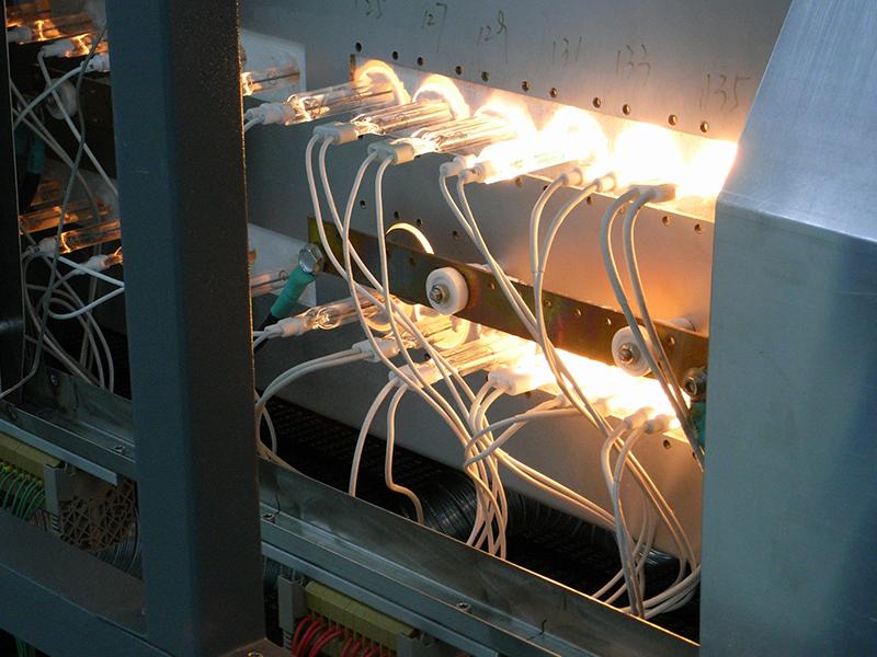 红外辐射器在光伏行业烧结炉中的应用