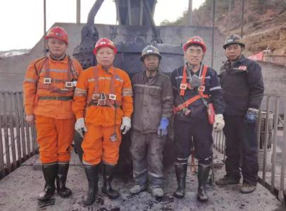 國控集團安全環保部經理張衛東到國控建設集團督導檢查安全穩定工作