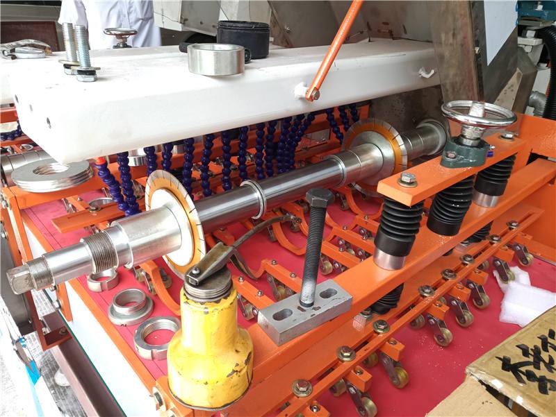 现在的瓷砖加工市场的需求,高精度的陶瓷切割设备