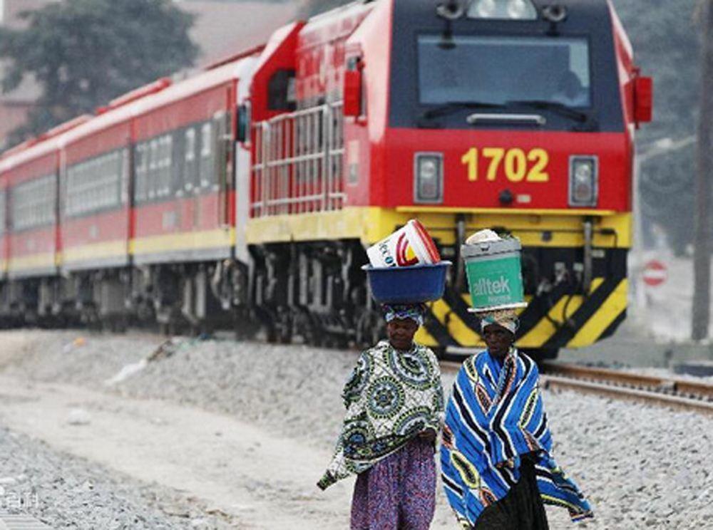 非洲本格拉鐵路