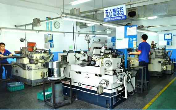 Centerless grinding workshop