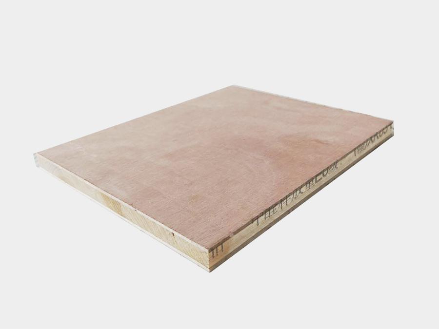 细木工板    规格:1.5cm,1.8cm,2cm