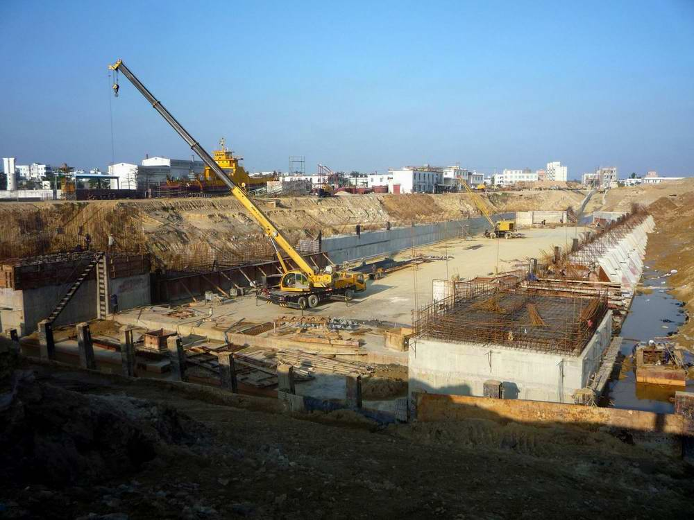 湛江麻斜船5萬噸級船塢擴建改造水工工程