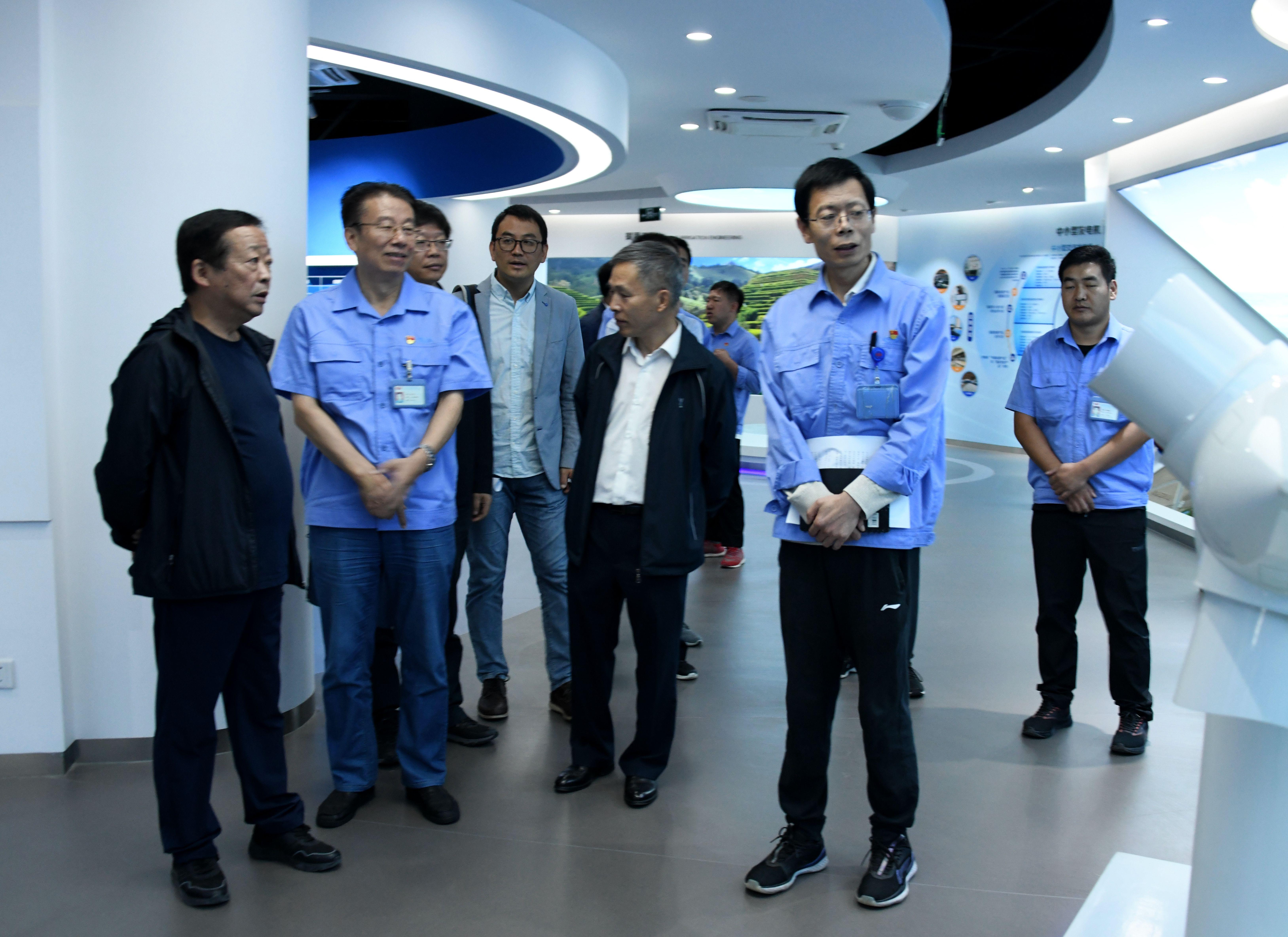 省政協經濟委員會副主任高明亮、陳牧原一行  來我公司考察交流