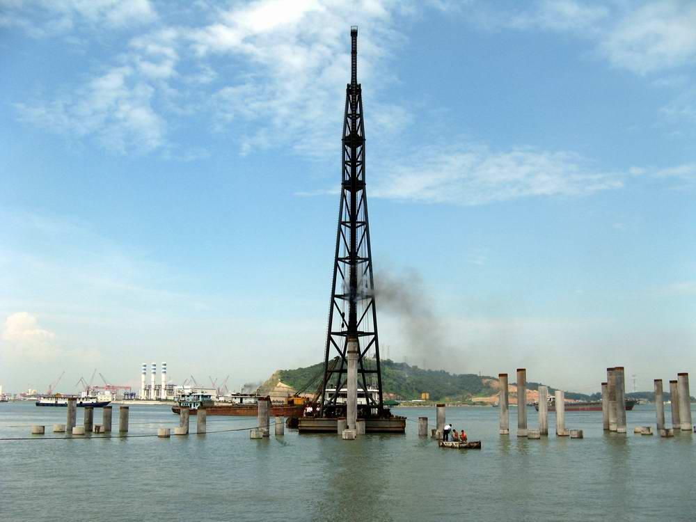 深圳港西部政府碼頭工程