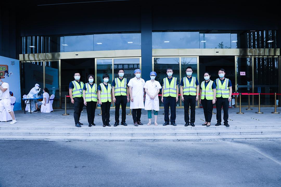 核酸检测,一人不落——新萄京娱乐场官网58115统一组织河西汽车城全体员工进行核酸检测