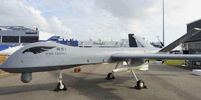 我国首款全复材多用途无人机首飞成功