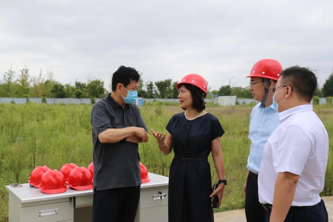 航空港区管委会书记张俊峰一行莅临永利402com官网新厂区视察建设情况